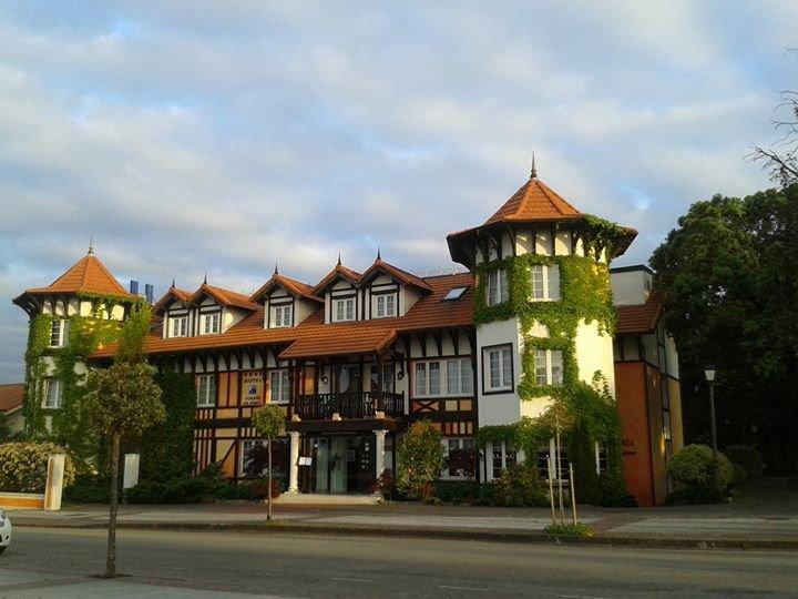 Hotel Torres de Somo cover