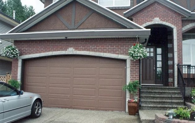 Repair Garage Door Long Island cover