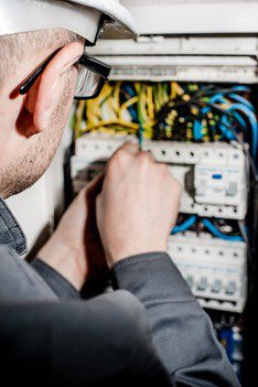 Electrician Doncaster, Electricians Doncaster East - Affordable Electrician cover