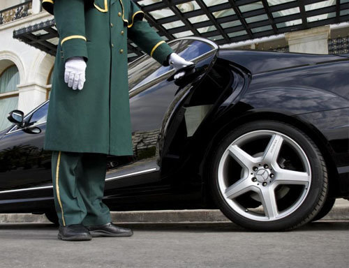 Goodman Limo Service cover