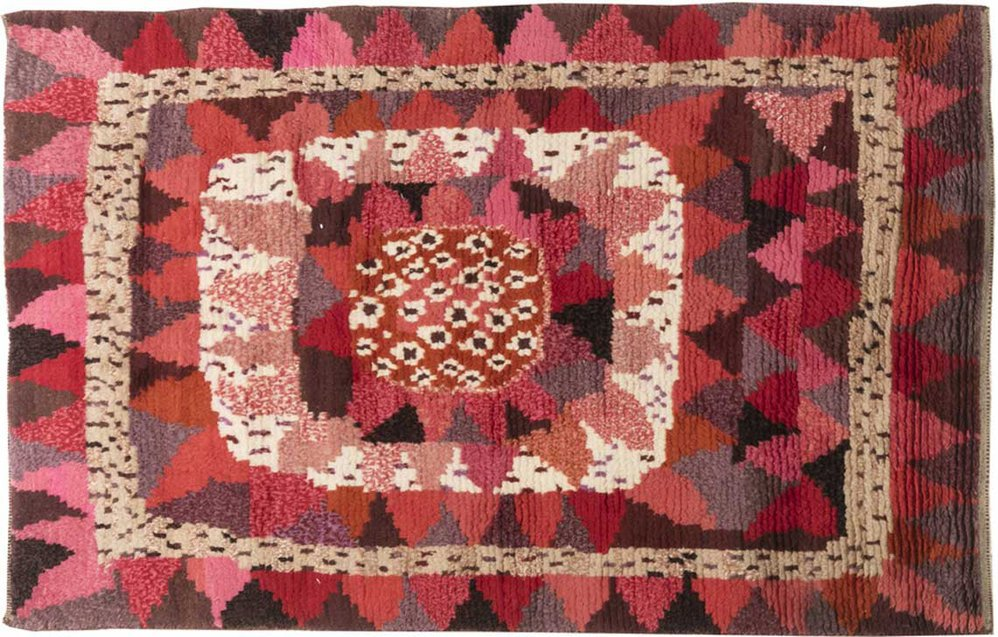 Modern and Custom Rugs by Doris Leslie Blau cover
