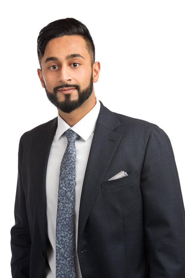 Hamza Malik- Real Estate Agent cover