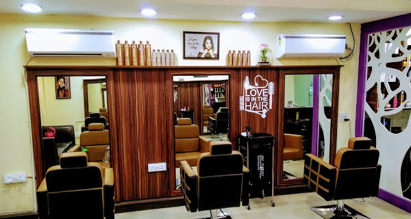 Diamond Scissorz - Best Beauty Parlour & Salon in Chandigarh cover
