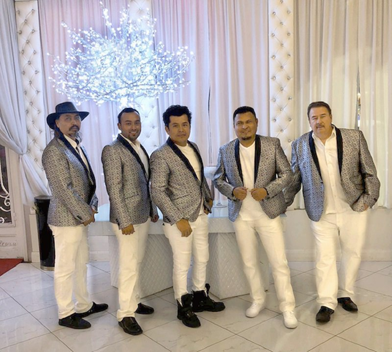 Grupo Musical en Los Angeles | Bodas | XV Anos cover