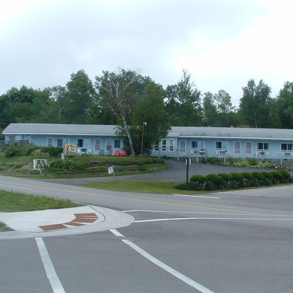 Moran Bay Motel cover