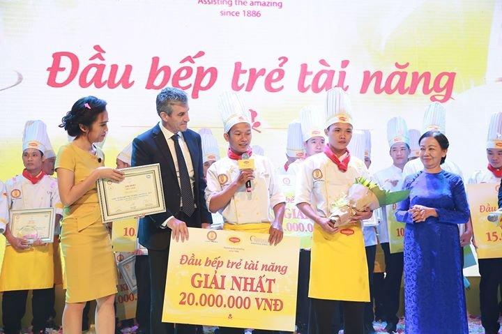 Câu Lạc Bộ Bếp Trẻ SPC - Vietnam Young Chefs' Club cover