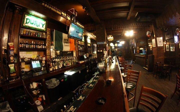 Durty Nelly's Irish Pub cover