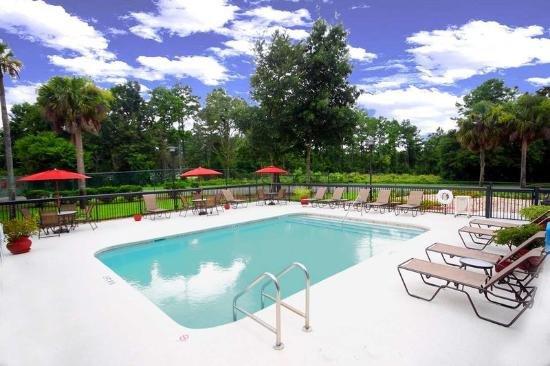 Hampton Inn Gainesville Florida cover