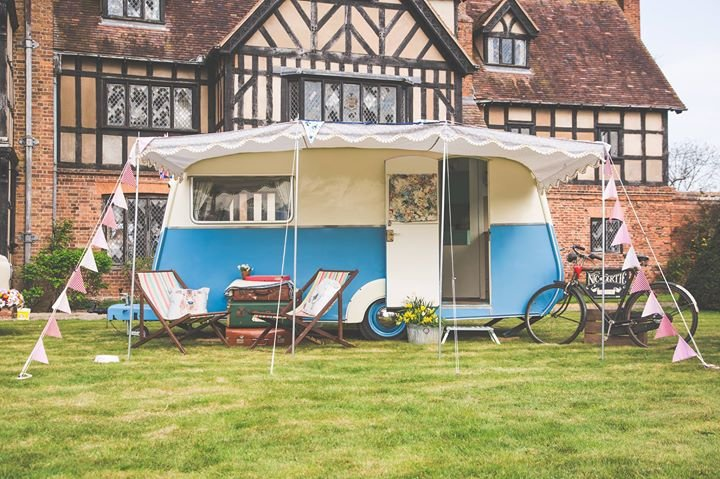 Quirky Gertie Vintage Caravan and Photo Booth cover