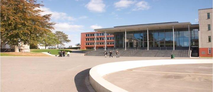 Lycée Nic-Biever - LNB Dudelange cover