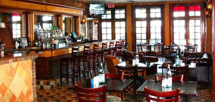 Ponte's Restaurant cover
