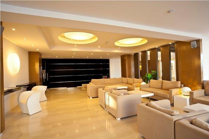 LOMENIZ hotel cover