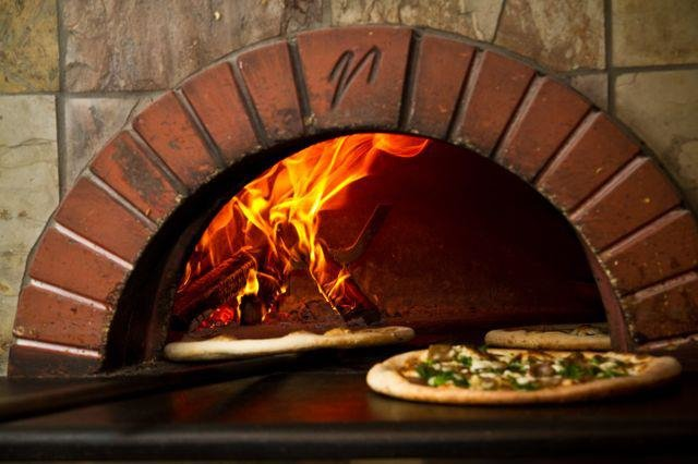 Bella Napoli Pizzeria cover