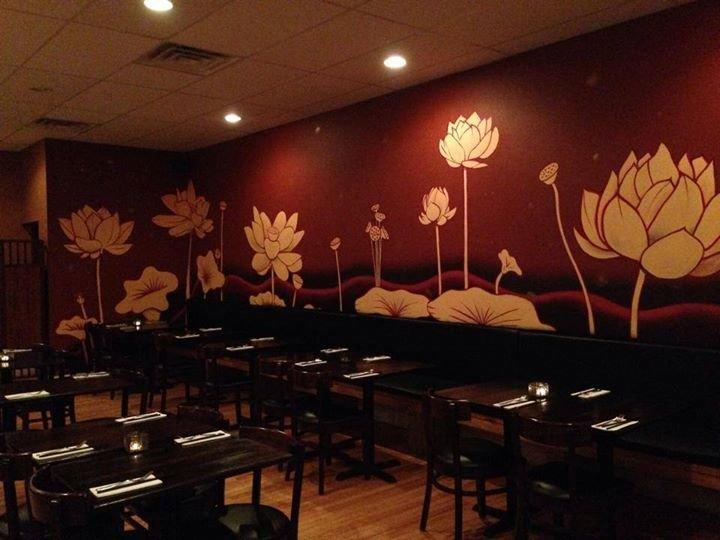Aroi Thai Restaurant and Sushi Bar cover