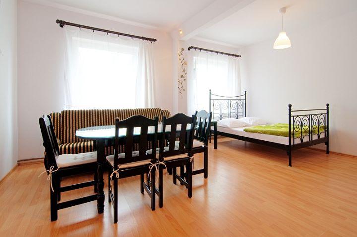 Laguna - pokoje i apartamenty w Helu cover