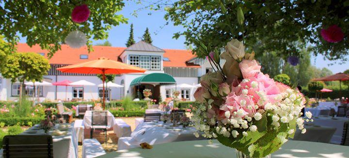 Gut Altholz-Landhotel-Restaurant Hutter cover