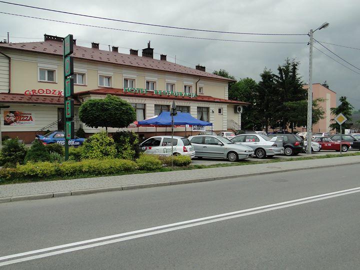 Hotel Restauracja Grodzka cover