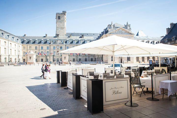 Restaurant et Résidence Le Pré aux Clercs cover