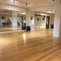 Bellywood Dance Studio LLC