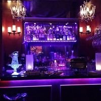 15C Club Martini & Cigar Bar