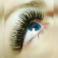 Eyelash Extensions by Ildi Oranmore Oran Tan