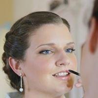 Makeup Artist Brisbane | Makeup By Genevieve