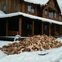 Aching Axes: Firewood and More, LLC.