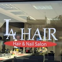 La hair and nail salon