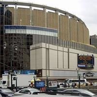 Madison Square Gardens - Jimmy V Classic