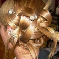 Klazzique Hair & Tanning Studio