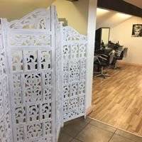 Crimpers Hair and Beauty Salon