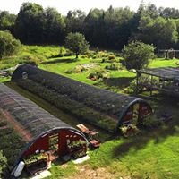 Commanda Country Gardens