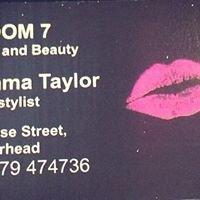 Emma Taylor at Room 7