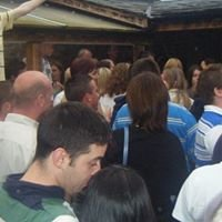 McGraths Bar (Dugout)