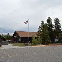 Grizzly Bear And Wolf Discovery Center At West Yellowstone