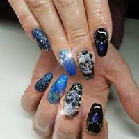Vannys Hand an Nails