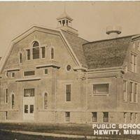 Hewitt Public School Museum