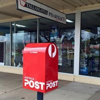 Tallangatta Pharmacy & Post.