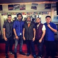 """El Gran Salon barber shop.  """"los reyes de la academy"""""""
