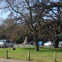 Chislehurst War Memorial Bus Stand