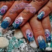 Nails by Nicole Pior