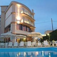 Hotel Capitol - San Mauro Mare