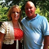 Mr and Mrs Clean & Repair Service