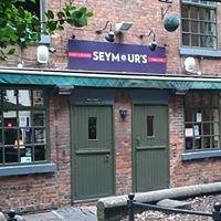 Seymour's Bar