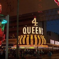 4 Queens Hotel & Casino