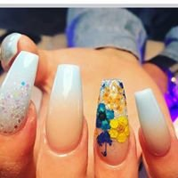 Awesome Nails Yeppoon