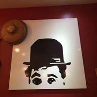 Charlies Cafe & Bar