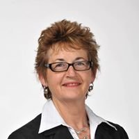 Sue Gibbons Licensed Real Estate 2008 Sales and Marketing Consultant Areinz