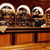 Bar-Touring