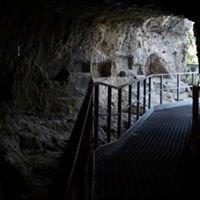 Guide Speleologiche del Parco della Vena del Gesso - Grotta del Re Tiberio
